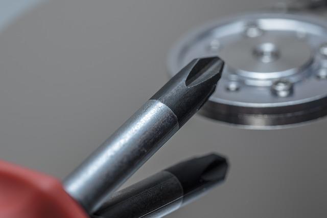 החלפת דיסק קשיח למחשב נייד