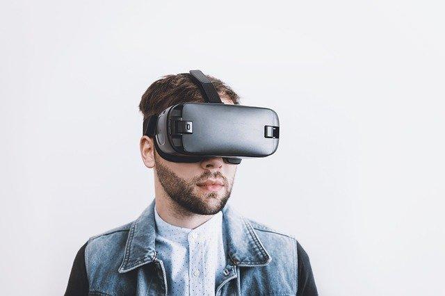 פיתוח תוכן במציאות מדומה