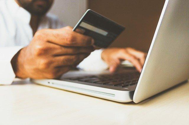 סליקת כרטיס אשראי