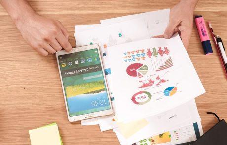 איזה פיתוח אפליקציות יותר קל? לאנדרואיד או אייפון?