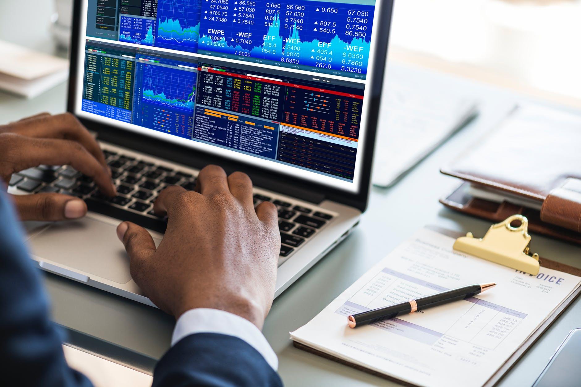 איך עובד אופיס 365 לעסקים?