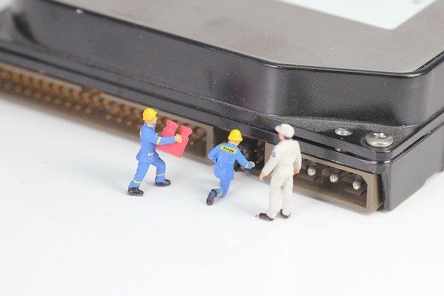 מעבדה לתיקון מחשבים ניידים
